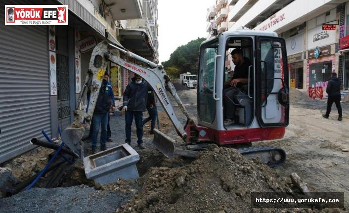 Kuşadası'nda caddelerdeki yenileme çalışmalarının kapsamı genişledi