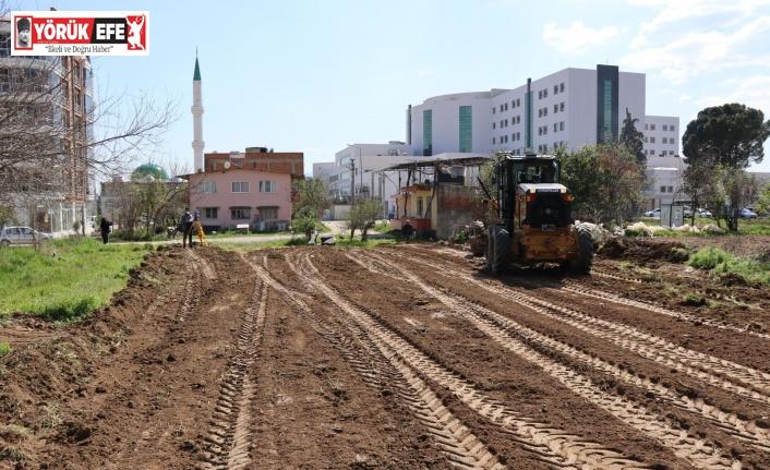 Nazilli Belediyesi yol açma çalışmalarına devam ediyor