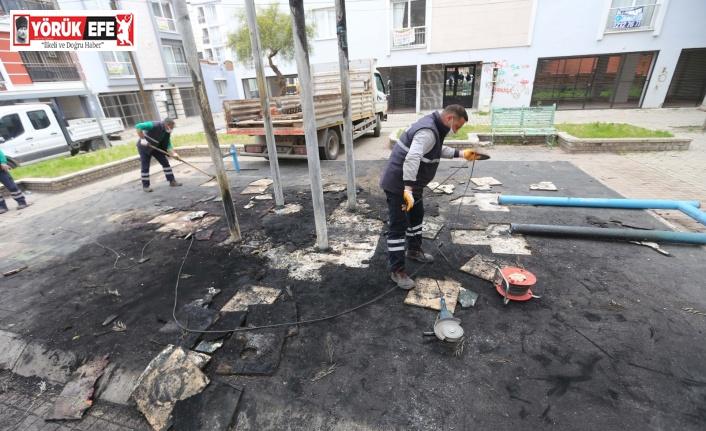 Yangında zarar gören park yenileniyor