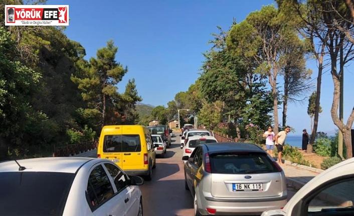 Aşırı yoğunluk oluştu, Milli Park araç girişine kapatıldı