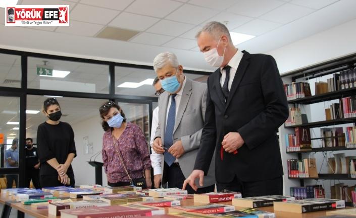 ADÜ'de '60 yıl sonra Başbakan Adnan Menderes' isimli kitap sergisi açıldı