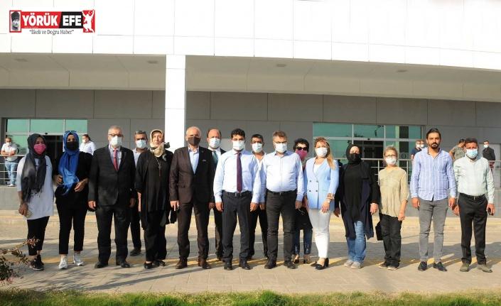 AK Parti Aydın heyeti ADÜ Hastane Başhekimi Bozbaş ile görüştü