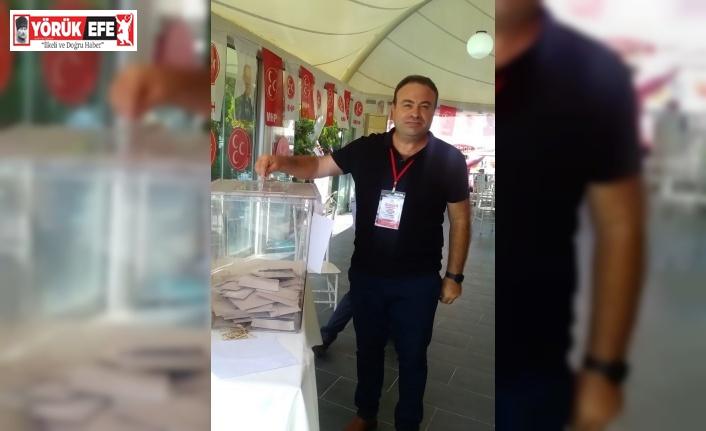 Didim MHP'de iki yönetici istifa etti