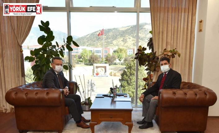 Rektör Aldemir, Aydın Valisi Hüseyin Aksoy'u ağırladı