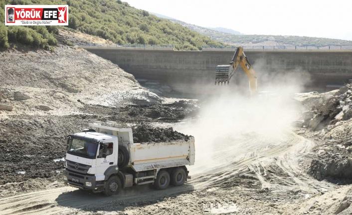 Aydın Büyükşehir, tarımsal sulama göletlerine nefes oluyor