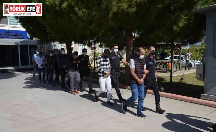 Didim'deki cinayetin 9 şüphelisinden 4'ü tutuklandı