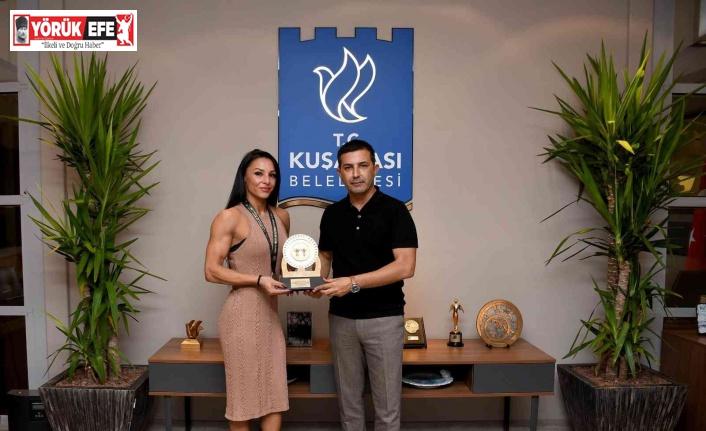 Kuşadası Belediye Başkanı Günel, ilçeye bir ilki yaşatan Duyar'ı ağırladı