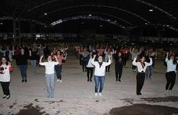 Aydın'da 98 kadın, Cumhuriyeti zeybek oynayarak kutlayacak