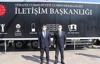 Vali Aksoy, Dijital Tır'ı ziyaret etti