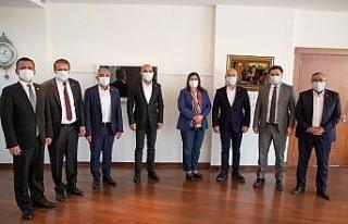 Cumhuriyet Halk Partisi heyeti Başkan Çerçioğlu...
