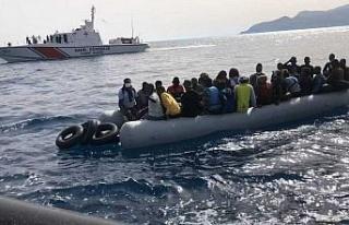 Kuşadası açıklarında 39 düzensiz göçmen kurtarıldı