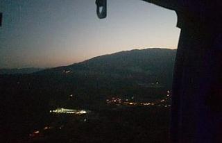 Orman yangınına gece görüşlü helikopter müdahale...