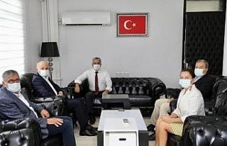Başkan Atabay Kaymakam Yiğit'e 'hayırlı olsun'...