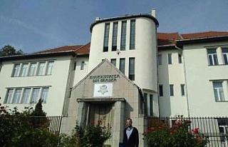 ADÜ Öğretim Üyesi Romanya'da sunum gerçekleştirdi