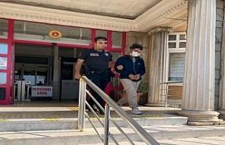 Didim'de ziynet eşyası çalan hırsızlar tutuklandı