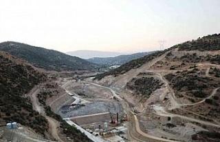 Sarıçay Barajı'nda inşaat çalışmaları sürüyor