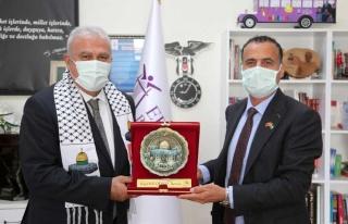 Efeler İle Filistin Abasan Al-Kabira Belediyeleri...