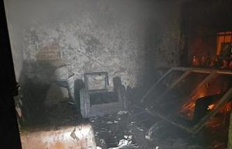 Buharkent'te yanan ev kullanılamaz hale geldi