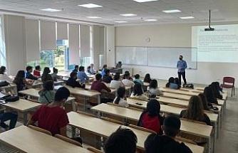 Aydın İktisat Fakültesi'nde oryantasyon eğitimleri gerçekleşti
