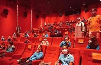 Aydın'da öğrenciler 'Akif' filmini izledi