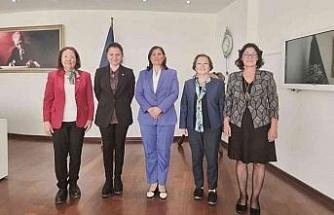 Başkan Çerçioğlu, CHP Kadın Kolları'nı ağırladı