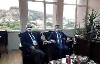 Vali Aksoy, Aydın Vergi Mahkemesi Başkanı Ayhan'a başsağlığı diledi