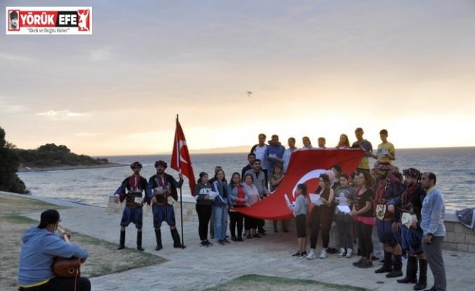 AYFAD üyeleri Çanakkale'de Şehitlere Saygı Yürüyüşü yaptı