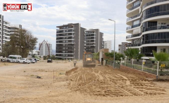 Nazilli Belediyesi Zafer Mahallesi'nde çalışmalarını sürdürüyor